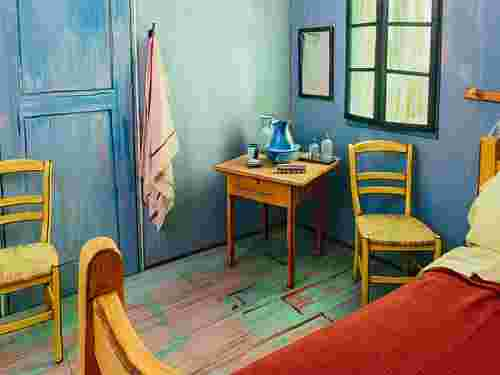 Leo Burnett Built a Livable Model of Van Gogh's 'Bedroom'
