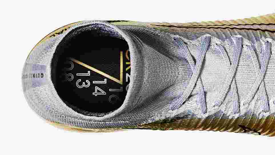 291258f70 The new Mercurial Quinto Triunfo celebrates his massive collection of honors  and unworldly talent