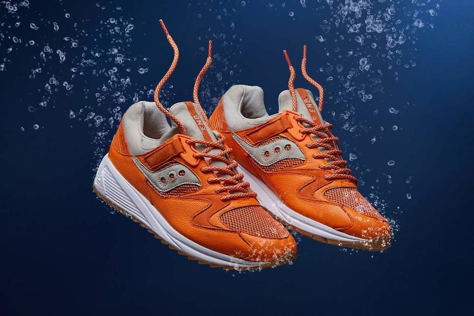 21cdff5f0129 END x Saucony Grid 8500  Lobster